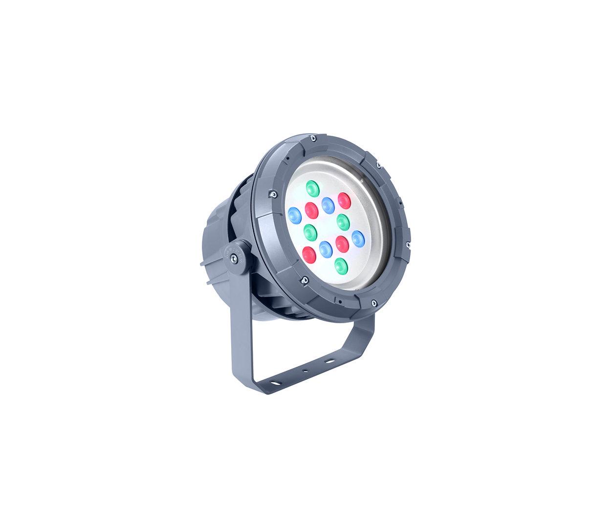 UniFlood C — это светодиодный прожектор для архитектурного статичного или динамичного освещения.