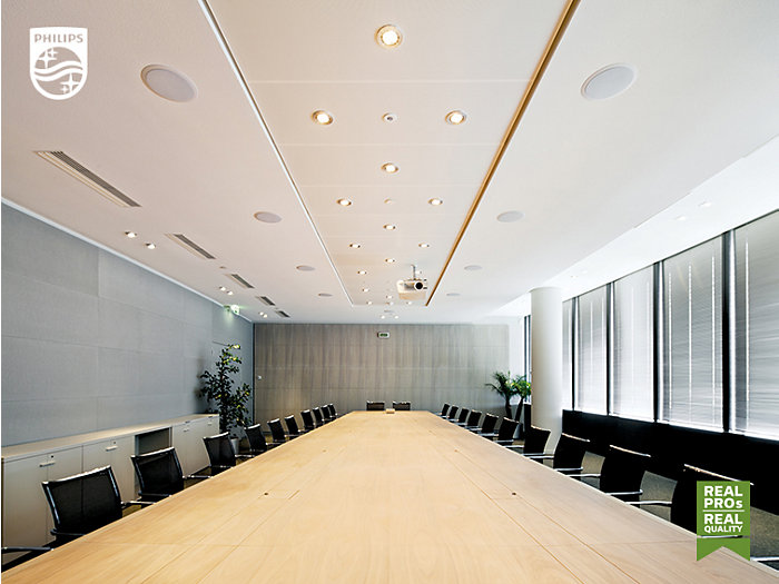 A long table in an office meetingroom