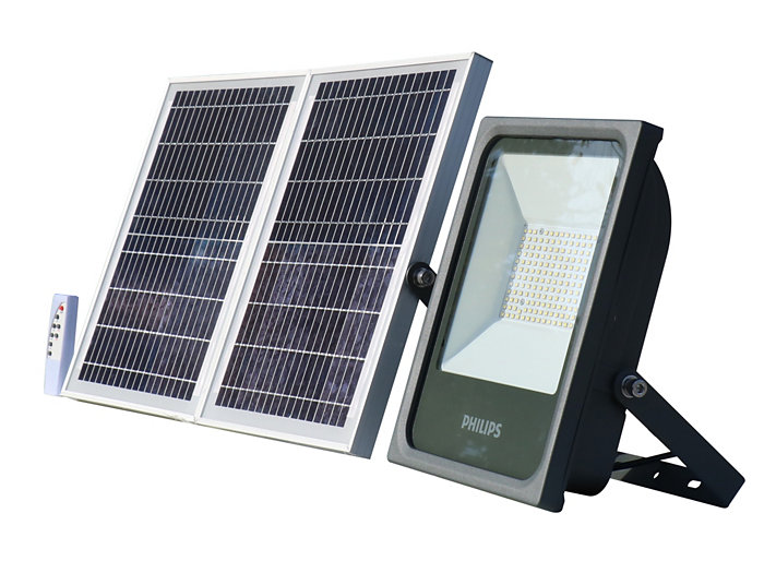 Smart Bright Solar Flood light 2000 lm side view