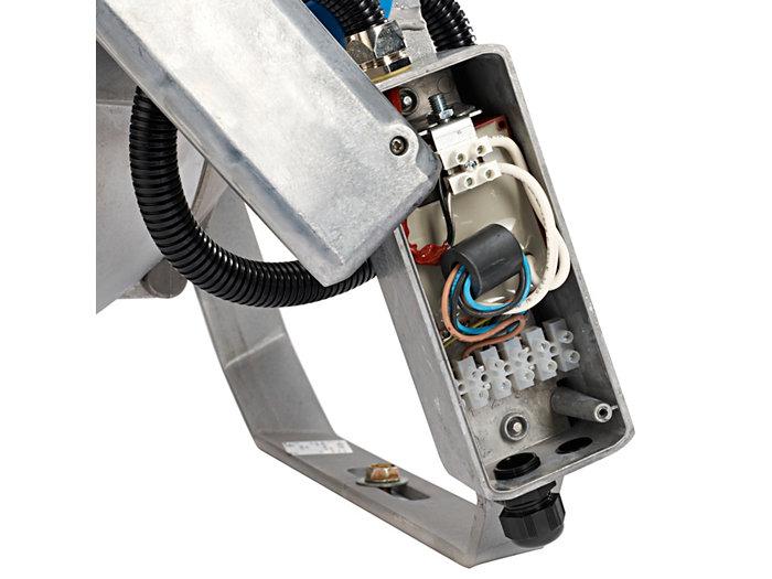 E-sytyttimellä varustettu elektroninen kytkentäkotelo