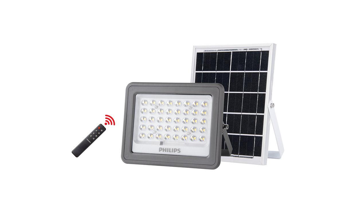 Solar flood lighting kit