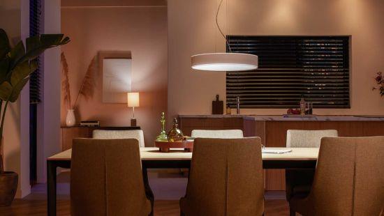 Créez l'ambiance parfaite avec des lumières blanches chaudes ou froides